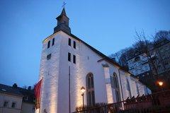Lutherkirche-am-Abend2.jpg
